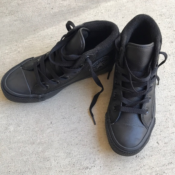 boys leather converse